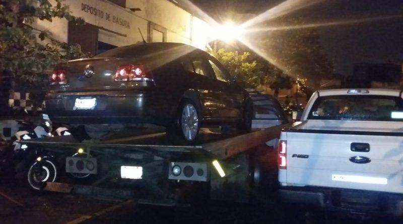 Recupera SSP vehículos con reporte de robo; dos detenidos
