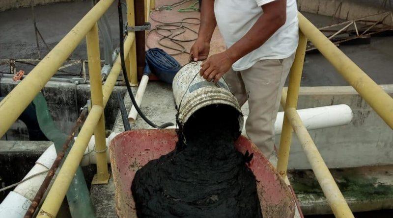 Recibe planta de tratamiento de agua, media tonelada de residuos sólidos todos los días