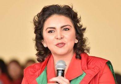 Renunció al PRI Ivonne Ortega