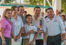 Entrega Dávila más apoyos a las escuelas de Tuxtepec