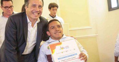Veracruz, en lo más alto del deporte; reconoce Gobernador a medallistas de Panamericanos y Parapanamericanos