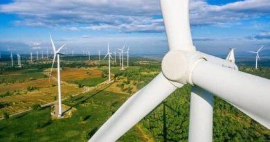 «CFE si subsidia y suministra el faltante» de empresas que producen energía limpia cuando no hay viento y sol