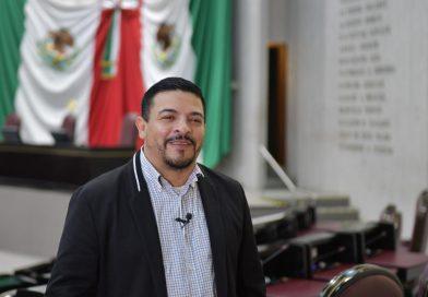 """Expresa Gómez Cazarín desacuerdo con el senador Ricardo Monreal, """"parece que busca la división en Morena"""""""