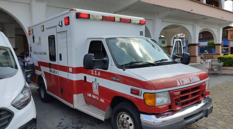 Ambulancia del Ayuntamiento de Loma Bonita era utilizada   trasnportar piña entre los pacientes