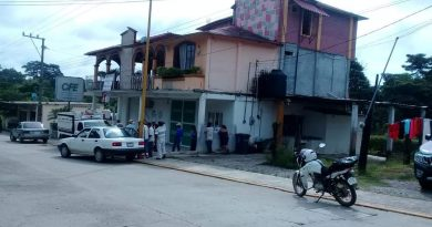 Desatiende CFE a indígenas mazatecos, toman oficinas en Jalapa de Díaz, Oaxaca