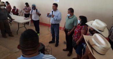 Chinantecos respaldan a Víctor Raúl en Ojitlán