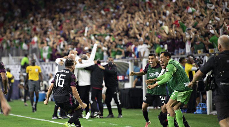 México a la final de la Copa Oro; venció dramáticamente a Canadá 2-1